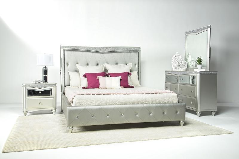 Glendale_Panel_Bed_Dresser_Mirror_in_Platinum_Styled.jpg